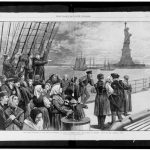 Immagrants passing the Statue of Liberty